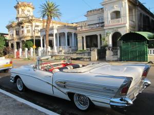 Classic cars in Cuba - Cuba Cultural Trips