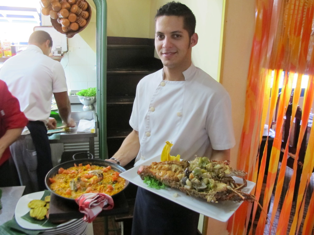 Cuban food server - Cuba Cultural Trips